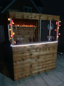 6' X 4' GARDEN BAR ASSEMBLED FREE LOCAL DELIVERY