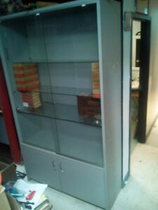 DISPLAY CABINET (lockable) Reduced from 150