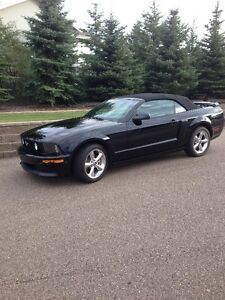 2009 Ford Mustang GT California Special Convertible