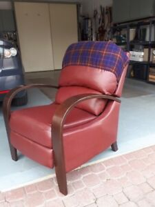 Contemporary Recliner Going for a Song