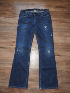 SILVER jeans, size 30/33 - only $15