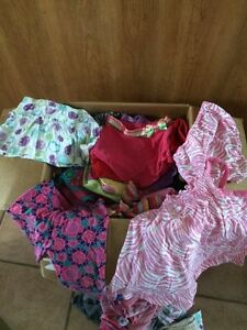 Boîte de vêtements 12 mois
