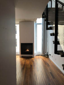 URBAN CHIC 2 FLOOR CONDO - NYC STYLE Downtown Montreal Old Port