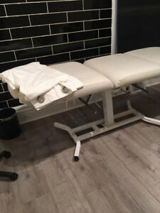 Esthetician bed / waxing bed/ eyelash bed