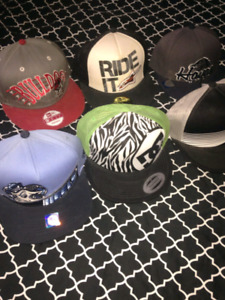 SNAPBACKS/HATS/6 TOTAL/5-10$/VERY CLEAN/BRAND NEW/