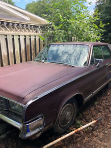 1965 Chrysler New Yorker 3500$