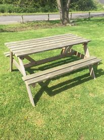Pub style 6 seater picnic bench