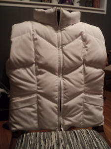 Authentic Canada Goose White Woman's Icicle Vest