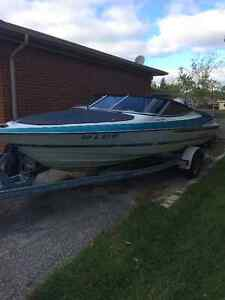 20ft. Excel 20 DX Runabout & 1993 Yamaha 115HP Outboard engine