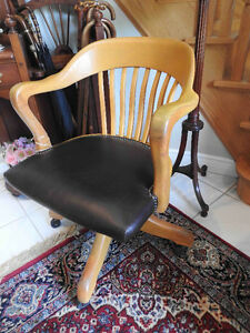 office chairs antique from 1940 to 1950's fully restored Oakville / Halton Region Toronto (GTA) image 1