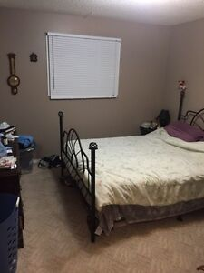 650$/mo In Lawson heights