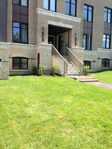 Kanata Upper unit condo available for rent - June 1st!!