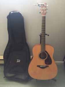 Yamaha  Acoustic Guitar with Stand and Case