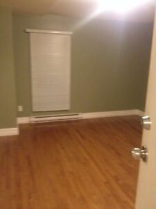 2BR LOFT STYLE DOWNTOWN GREAT LOCATION