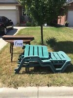 Free dinning table and sun tanning chairs!!