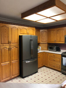 solid wood honey oak cabinets