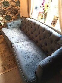 Gorgeous Teal Chesterfield Sofa