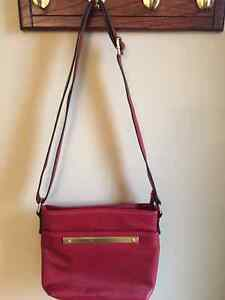 CHRISTMAS RED LEATHER PURSE!!