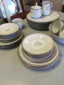 Noritake Blair Rose 6 place setting China plus extra pieces