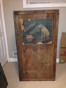 VICTOR VICTROLA SHIPPING CRATE