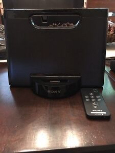 SONY sound dock $30.00