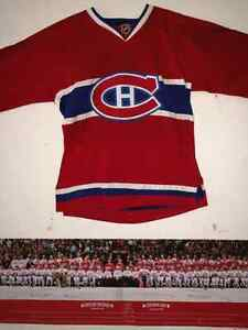 Looking to purchase a 5 game package for 2 sideCanadiens tickets