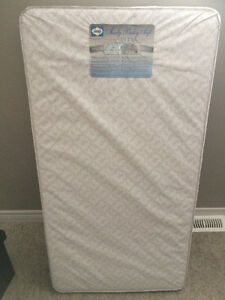 Crib Mattress - Sealy Baby Soft Ultra - 150 Coil