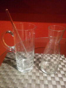 Wine decanter and cocktail pitcher - Glass
