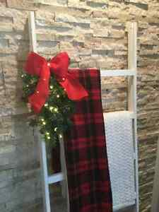 Holiday / Christmas Decor -- Rustic Blanket Ladder London Ontario image 3