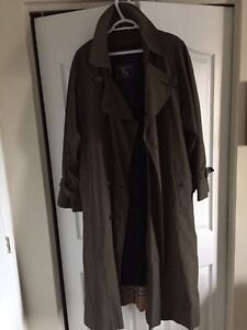 Authentic Burberry Trench Coat Size L