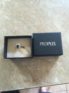 Princess Dianna Sapphire / Diamond Ring