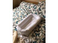 Sleepyhead Deluxe Portable Sleeping Pod
