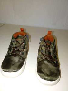 Sketchers Boots/Runners Camouflage NEW