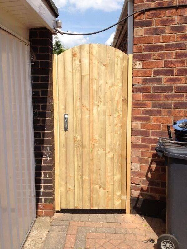 Soild wooden front back side garden gates driveway gates for Wooden exterior back doors