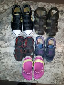 Souliers/Sandales pour enfants.