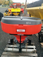 2011 WESTERN 2500 SPREADER-NEW