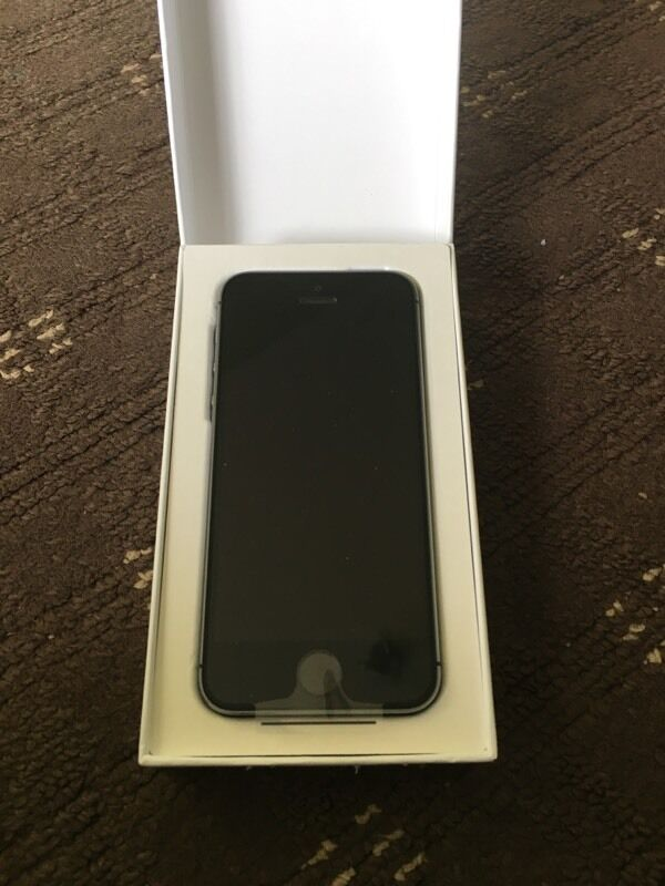 Apple iPhone 5S Space Grey 16GBBRAND NEWUNLOCKEDin Stoke on Trent, StaffordshireGumtree - Hi i am selling a brand new apple replacement iPhone 5S Space Grey 16GB on any network. The iphone comes with usb cable and plug only. The iPhone has apple warranty till 02/09/17. I am looking for £180 thanks
