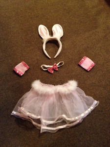 Bunny or Devil costumes ages 2-, 5$ each