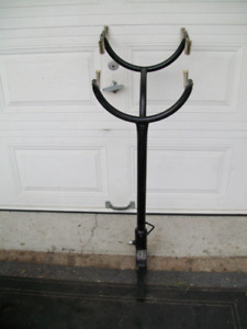 Hitch BIKE RACK for car             /SUPPORT A VELO,