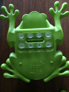 Boon frog pod bath scoop and storage.  Peterborough Peterborough Area image 2