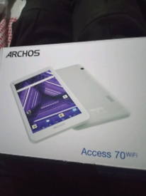 Archos tablet with keyboard case