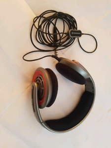 Sennheizer HD435 headphones
