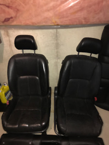 infiniti g35 front bumper and seats