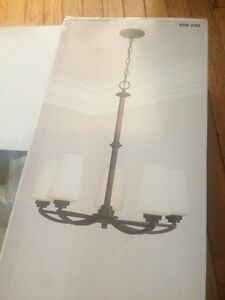 Chandelier Bordeaux finish/ frosted white glass