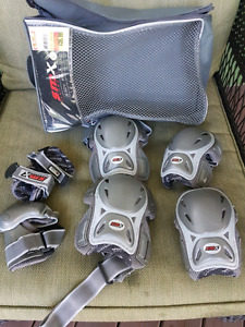 Protective Gear / Pads - Like New