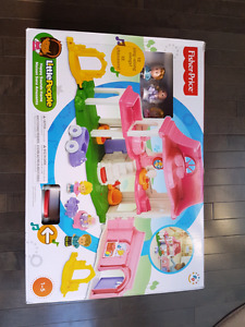 Brand New In Box Little People Fisher Price Toy Girls