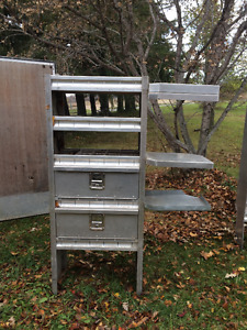 Aluminum shelf unit