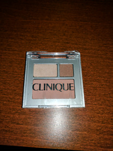 Unopen unused clinique eyeshadow pallet