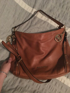 MICHAEL KORS LARGE BROWN PURSE/ CROSS BODY