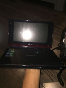 LG Portable DVD player with screen